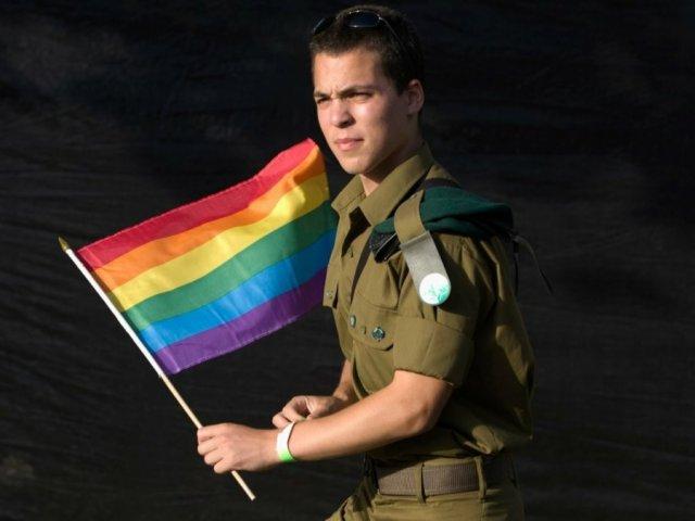 ЛГБТ и армия