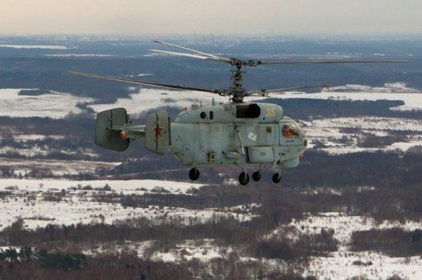 Вертолёт К-27 во время учебного полёта в районе посёлка Донское