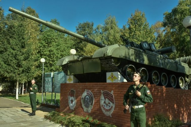 Гвардейское Знамя 4-й танковой дивизии им. Ю.В. Андропова