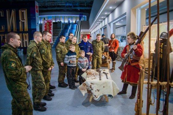 Армейцы в музее
